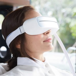 Aurai-The World's 1st Cooling and Heated Water-Propelled Eye Massager